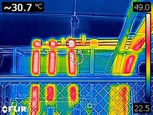 Нагрев до 49 °С места соединения шин