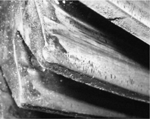 Пластические сдвиги металла зубьев