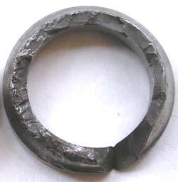 Разрушение наружного кольца шарикоподшипника при отсутствии теплового зазора