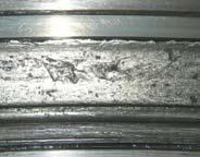 Трещины поверхностного слоя беговой дорожки подшипника